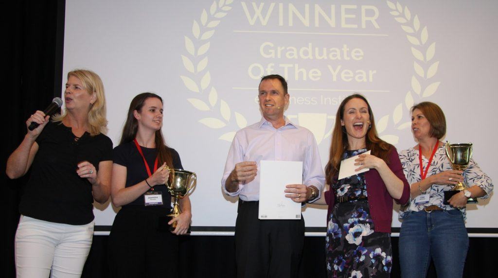 Liz Raad awards top students at eBusiness Institute bootcamp