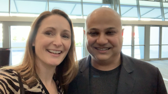 Liz Raad interviews Ash Roy on podcasting