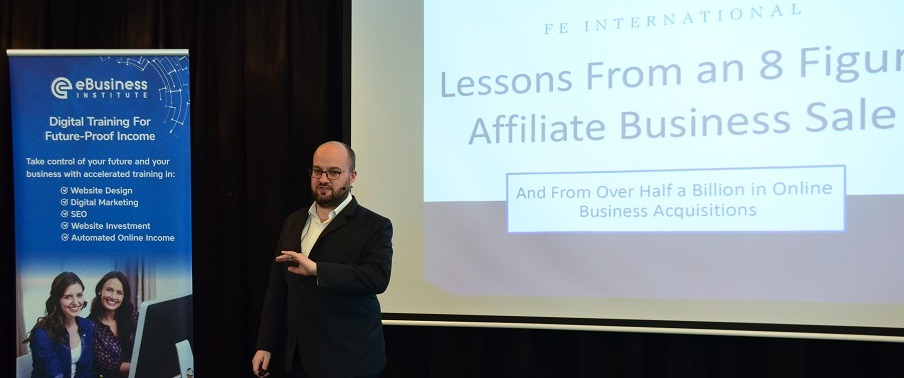 Thomas Smale presents at eBusiness Institute boot camp
