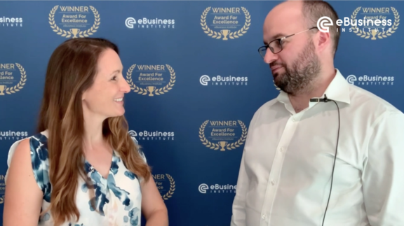 Liz Raad interviews Thomas Smale from FE International